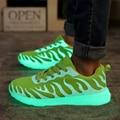 Sapatos luminosos Led Unisex Sapato Brilho iluminar Sapatos Dos Homens 2017 Moda Fluorescente para Adultos Sapatos Levaram