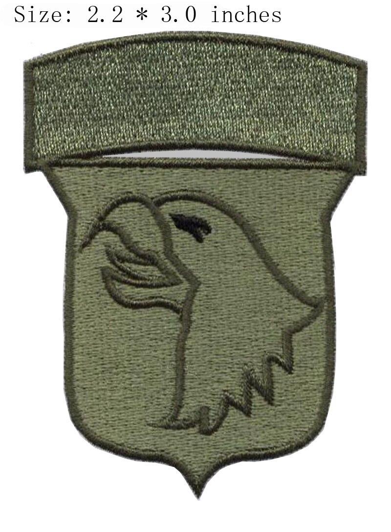 5136c533d22f33 Oiseau bouclier broderie patch 2.2 large militaire vert oiseau  tête autocollant patch
