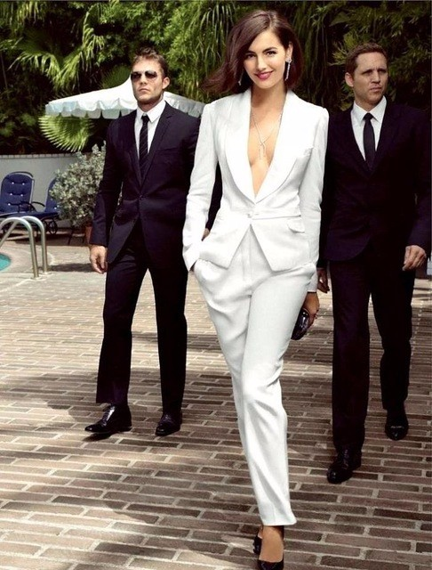 8-1  High quality Ivory women tuxedos Slim fit suits for women Shawl Lapel One button Custom women suits