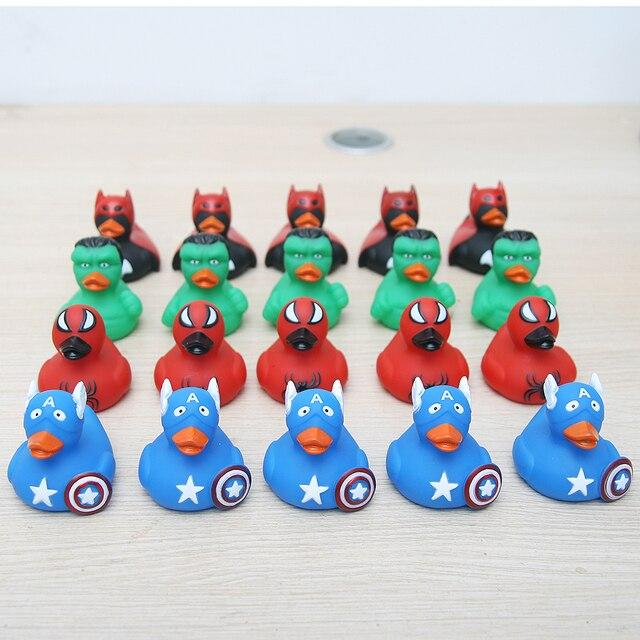 6 centímetros Marvel/DC Surpresa de Super-heróis Vingadores Homem De Ferro Homem-Aranha Hulk Capitão América Brinquedo De Borracha Do Pato Do Bebê coleção presente Pato
