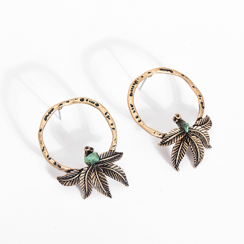 Antique Spring Green Stone Alloy Earrings