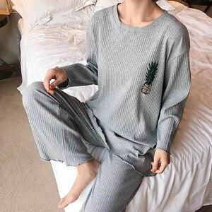 Image 2 - Conjunto de pijama de primavera para mujer, ropa de dormir bonita con piña impresa, de manga larga con cuello redondo, ropa informal holgada