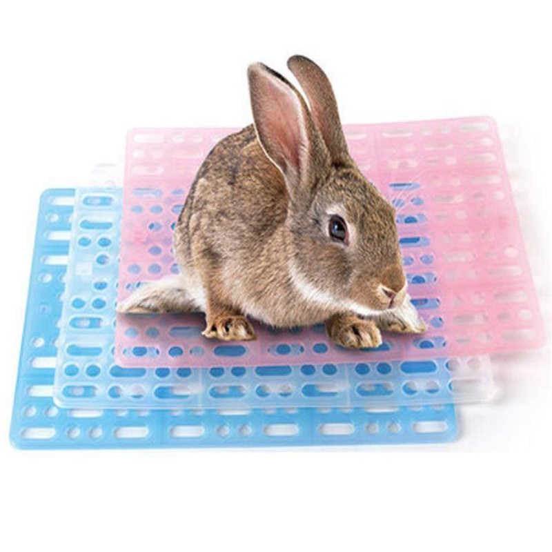 2 Buah/Bungkus Plastik Grid Hewan Peliharaan Kaki Mat Kelinci Guinea Pig Mouse Kucing Tatakan Bantal Kandang Sampah Mat