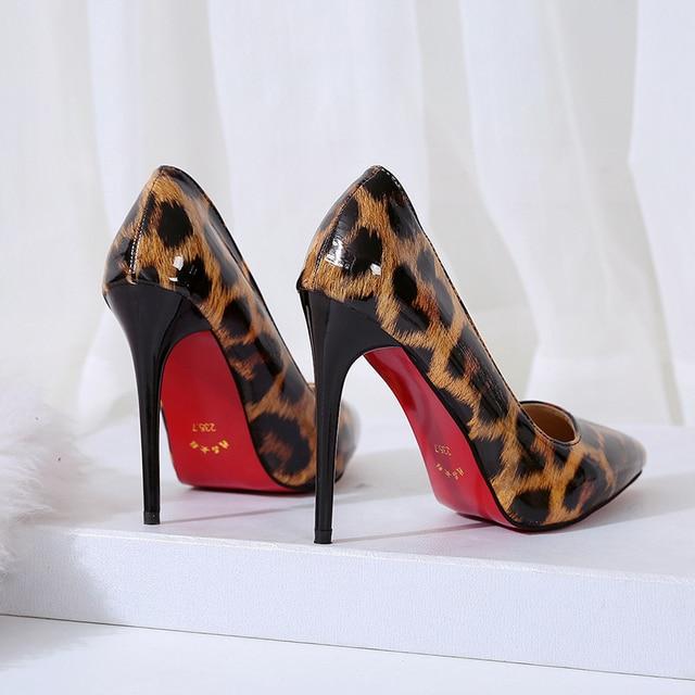 Высокое качество туфли-лодочки из лакированной кожи женская обувь леопарда Удобная туфли-лодочки на тонких высоких каблуках осень весна большой размер обувь для Для женщин