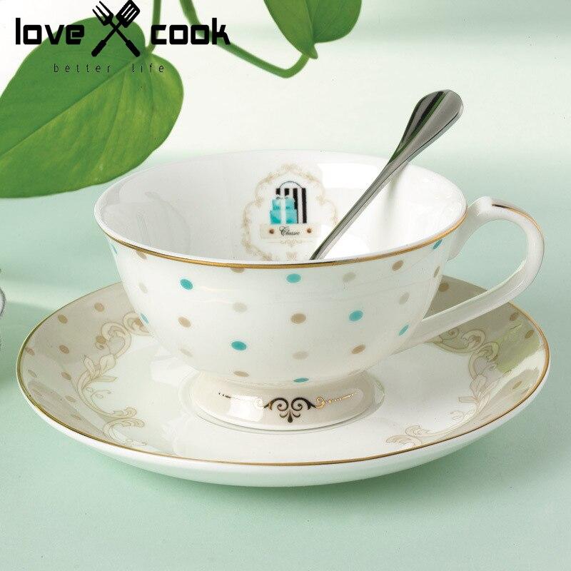 Chine petit d jeuner ensemble achetez des lots petit for Set petit dejeuner porcelaine