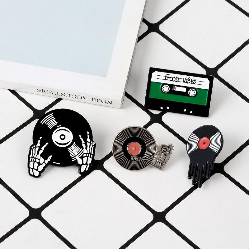 Retro Pin Record Player Vinyl record tape DJ Skeleton Sign