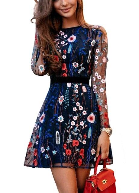 5dbbfab72b Pour les femmes robe florale avec broderie de maille transparente été  bohème mini forme trapèze transparent Vestidos