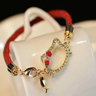 Min.order is $10 (mix order)  Beautiful Hello Kitty Jewelry Bling Kitty Cat Face Bead Bright Red Shamballa Bracelet Mix Sale