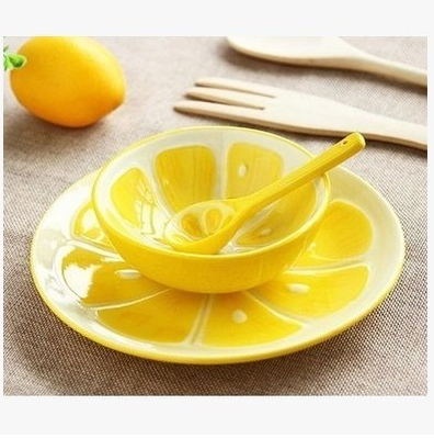 3pcs Hot Sale Creative Fruit-shaped Bowl Sets Including Plate&Spoon Ceramic Rice Soup Salad Snacks Desserts Bowl for Household
