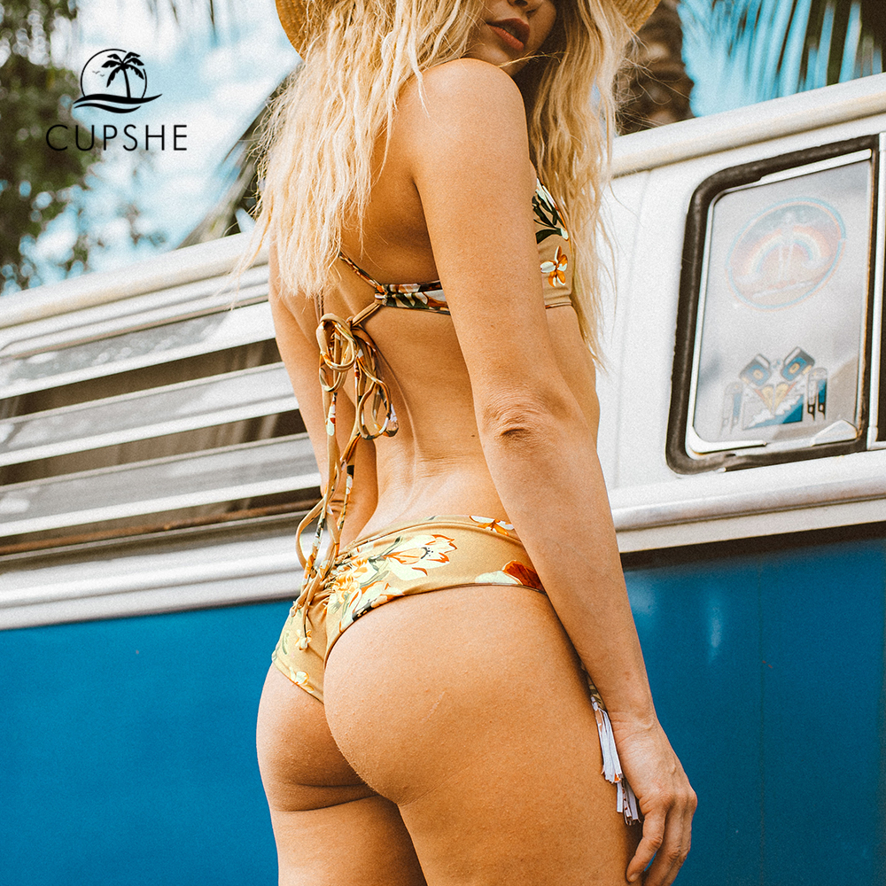 CUPSHE Golden Beach Flora Print Bikini Set Women Triangle Tassel Halter Thong Bikini Swimwear 2020 Girl Bathing Suit Swimsuits 4