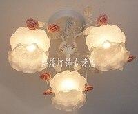 Европейский стиль сад для гостиной романтические ресторанов белое Кованое железо розовый керамический цветы стеклянный абажур потолочный