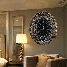 High-end retro mural European style modern art ornaments Fashion creative home wall clock Peacock