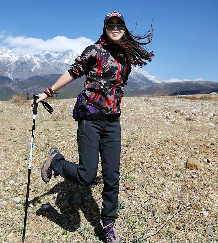 Hiking pants AD021 Model Show 6