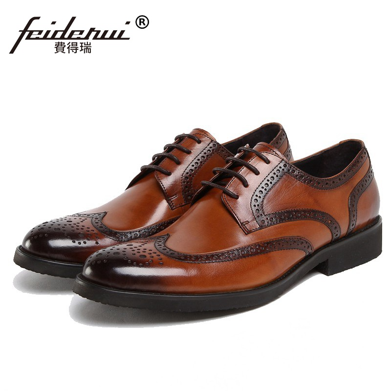 New Vintage Brand Man Formal Dress Shoes Genuine Leather Cow Carved Brogue Oxfords British Round Toe Men's Wing Tip Flats DF81 ruimosi british style brand man formal dress shoes vintage genuine leather brogue oxfords pointed toe men s wing tip flats ce38