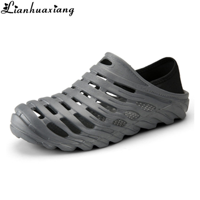 3839f3540823 2018 Men Sandals Summer Slippers Shoes Croc fashion beach Sandals Casual  Flat Slip On Flip Flops
