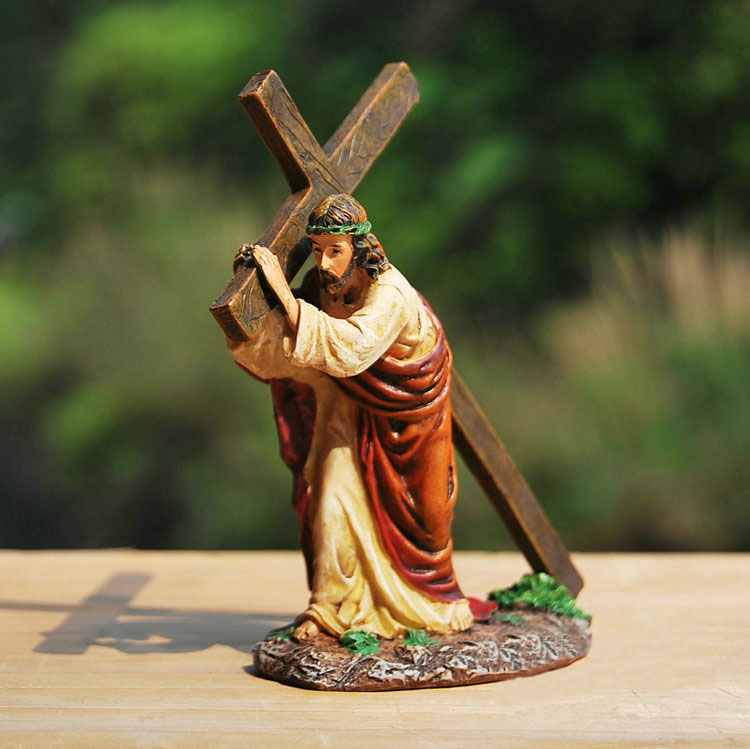 Jesus Ornaments Jesus Ornament Designs: Crucifix Jesus Resin Craft Small Home Decoration Church