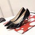 Marca 2017 Novas Mulheres De Salto Alto Sapatos De Grife De Luxo PU de Couro Sapatos de Festa de Casamento Mulher 8 cm Bombas Mulheres