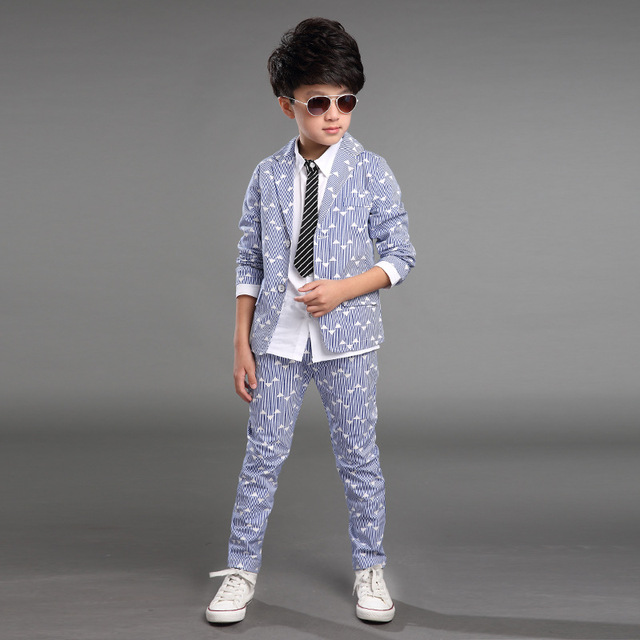 2015 Продажа детской одежды мальчиков костюм, Весна и Осень печати новый Корейский мальчик детьми костюм малых костюм + брюки 2 Шт. 3 Цвет