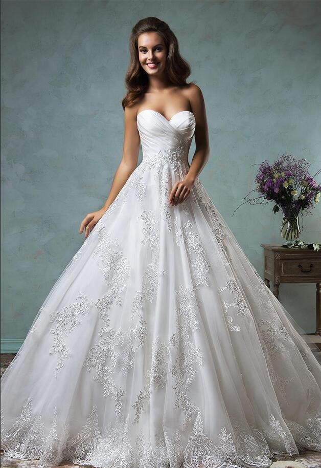 c0121a31ac Plus Size Wedding Dresses Ball Gown 2017 Sweetheart Pleated Lace Appliques  Princess Garden Church Bridal Gowns Cheap Custom