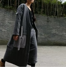 In the winter of 2016 new product, the original design of high-end cotton-padded clothes loose big yards asymmetric women's coat