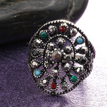 New Bohemian Women's Rings with Black Rhinestone Geometric Vintage Ethnic Zinc Alloy Hollow Finger Rings Sieraden a suit of vintage geometric leaf cuff rings