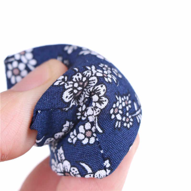 New Pillow Almofadas Para Sofá Sofá Cama Para 1/12 de Casa De Bonecas Móveis Em Miniatura Brinquedos Sem a Cadeira Do Sofá