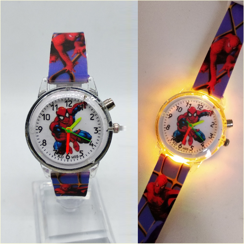 Flashing light Spiderman children watch high quality kids watches child luminous boys girls clock printing silicone belt table(China)