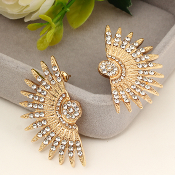 MINHIN Wholesale Big Crystal Earrings Women New Design Statement Fashion Stud Earrings Punk Sector Shape Earrings Brincos