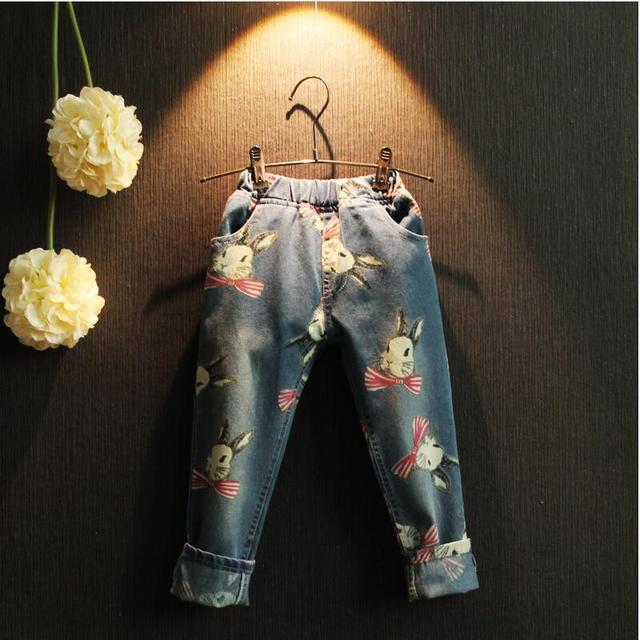 2016 Novas Crianças Jeans para meninas de Alta Qualidade Padrão Dos Desenhos Animados Crianças Calças de Brim coelho Bonito Meninos Calça Casual Calças