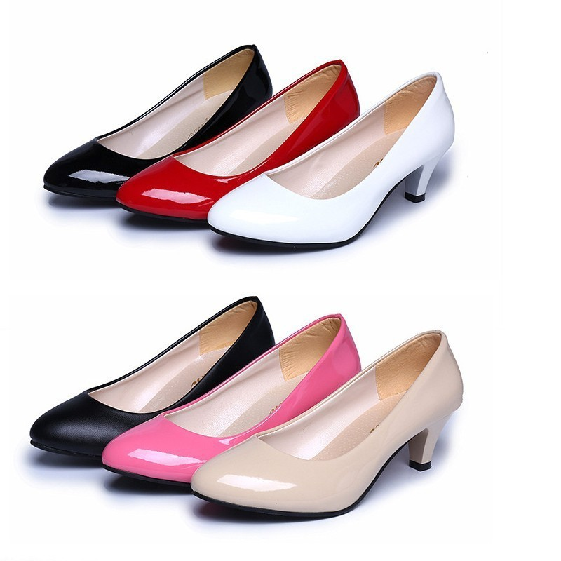 Patent leather Low Heels Shoes Women Professional Shoes Ladies Shallow Mouth Work Shoes Elegant Ladies Office ShoesPatent leather Low Heels Shoes Women Professional Shoes Ladies Shallow Mouth Work Shoes Elegant Ladies Office Shoes