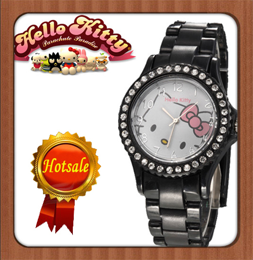 Nice Hello Kitty  Lady's Wrist Watch Indicate Time Quartz Dial Diamond Plastic Band