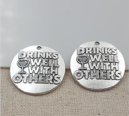 High Quality 20 Pieces/Lot Diameter 25mm Letter Embossed Drinks Well With Others Wine Cup Charms Pendents