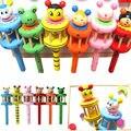 Detalhes sobre Animal Dos Desenhos Animados De Madeira Handbell Jingle Brinquedo Chocalho Instrumento Musical Para O Bebê Kid
