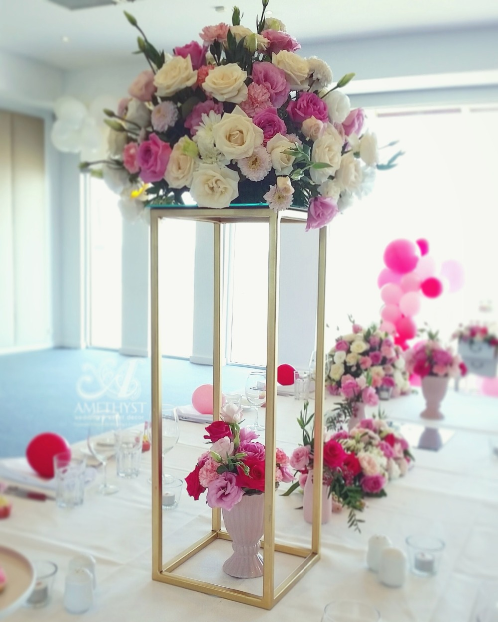 Us 228 0 5 Off Wedding Pillars Metal Gold Color Flower Vase Table Centerpiece Wedding Decoration 10pcs Lot Free Shipping In Party Diy Decorations