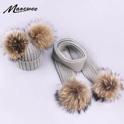 Родитель-Детские шапочки милый младенец помпон зимний наборы шарф шапка натуральный мех мяч шапки мать дети теплые вязаные шапки шапочки