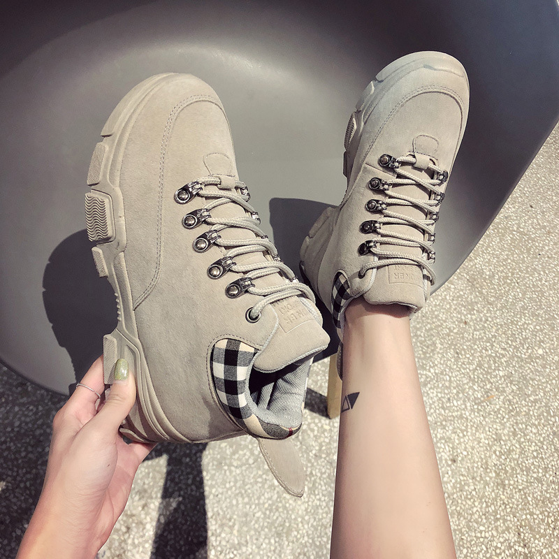 Comfortable and lightweight shock-absorbing warm womens Martin boots wear-resistant non-slip student wild suede casual