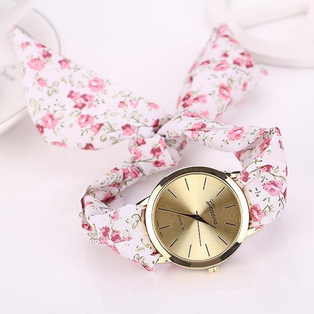 Women's watches Jacquard Cloth Floral Strap Quartz Dial Girls Wristwatch Bracele