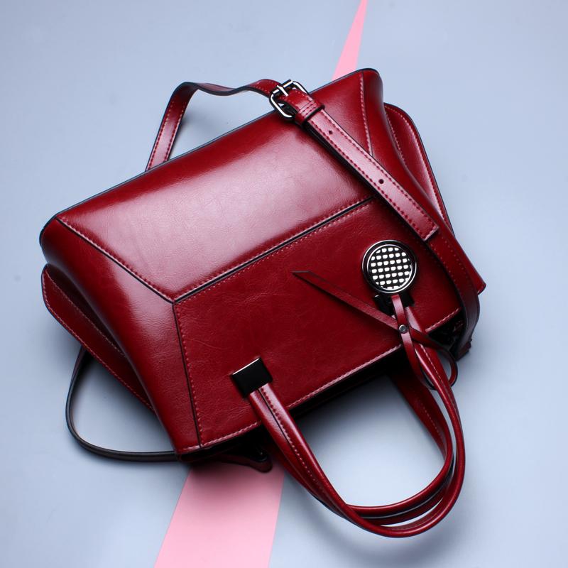 HTB195FUSpXXXXcaapXXq6xXFXXXe - Shell Shape Oil Wax Cowhide Women Shoulder Bag-Shell Shape Oil Wax Cowhide Women Shoulder Bag