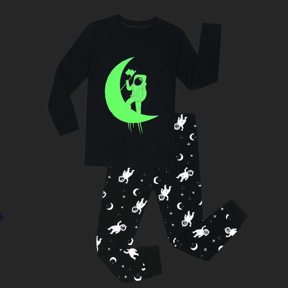 Children Apollo Moon Landing Glow in Dark Pajamas Sets Baby Boys Girls Sleepwear  Kids Luminous Pyjamas b1af1d9d7