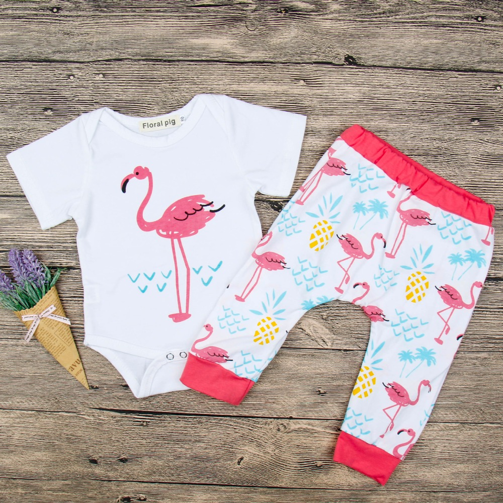 2018 The New Listing Trendy Baby Outfit Flamingos Outfit Newborn Set Short Sleeve White Top Pineapple Pants Summer Girls Clothes
