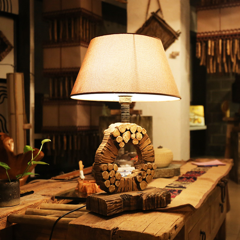 Дизайнер настольная лампа American Retro гостиная Настольная лампа творческие вилла исследование твердой древесины прикроватная тумбочка для сп...