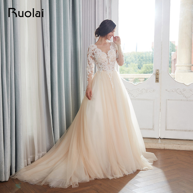 Champagne Wedding Dresses Dubai Long Sleeves Arabic Pearls Beaded Ball Gown Wedding Gown Dress Elegant Robe de Mariee RW15