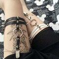 Mujeres Sexy ligas dos piernas cinturones de moda 2016 del remache del inofensivo hechos a mano ligas de cuero