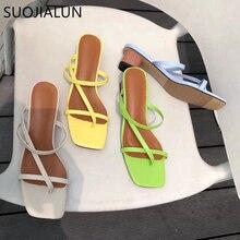 SUOJIALUN 2019 marka lato pantofel damski na niskim obcasie slajdy kobiet Peep Toe kwadratowe sandały na obcasie wakacje klapki mujer buty