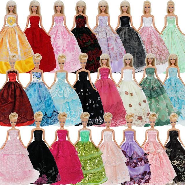 6c484ac10 Aleatória 5 pcs Handmade Vestido de Festa de Casamento Vestido de Princesa  Saia Roupas Para Barbie