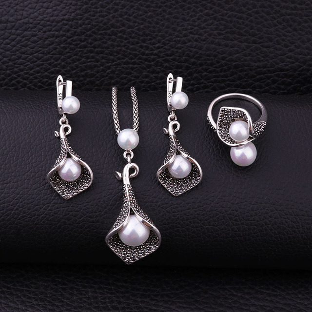 Sellsets Silver Color...