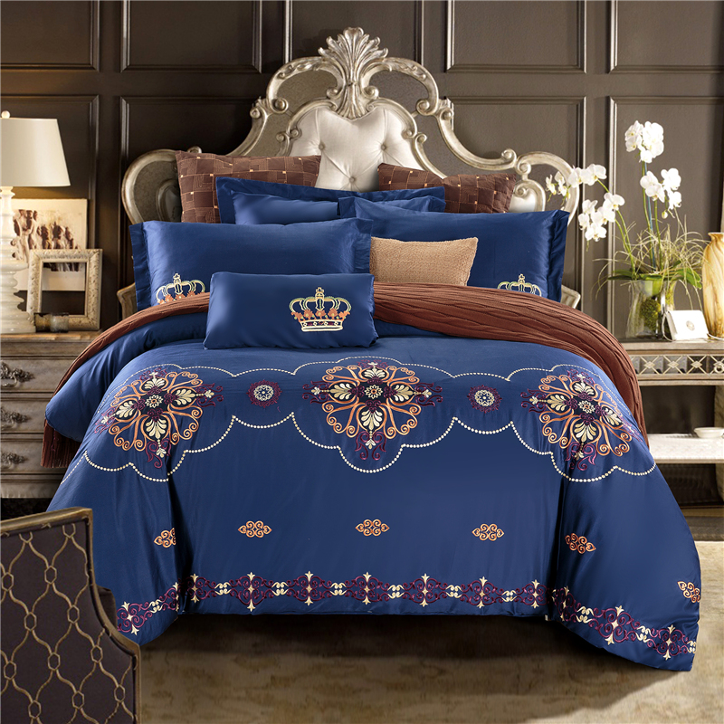 4Pcs luxury Egypt cotton Palace Classicism Bedding Set Embroidery Duvet cover set Bed Sheet Pillowcases Queen King Size4Pcs luxury Egypt cotton Palace Classicism Bedding Set Embroidery Duvet cover set Bed Sheet Pillowcases Queen King Size