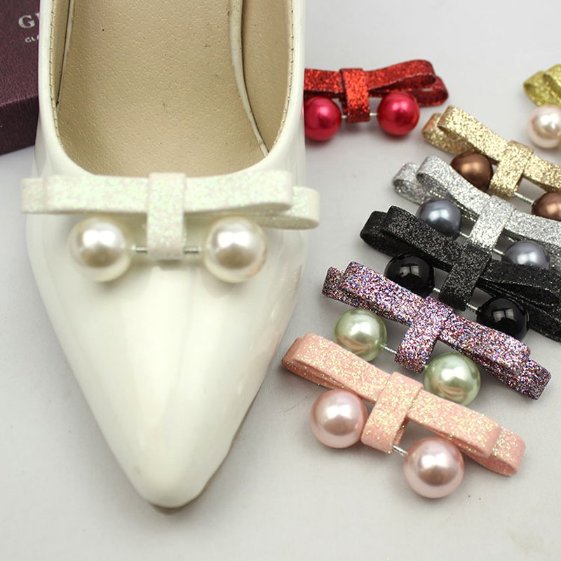 1 tükk PU-kruvid Pearl Bowknot kinga kaunistus Shinning naiste kinga - Jalatsitarvikud