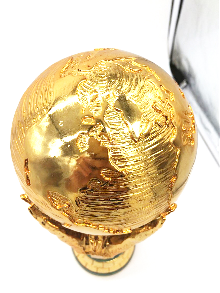 Free Shipping 1:1 36cm World Cup Football trophy Resin Replica Trophies Model Brazil World Cup Best Soccer Fan Souvenir Gift new style blue ribbon 45 cm english premiership trophy cup barcley premiership cup cup soccer football replica trophy cup