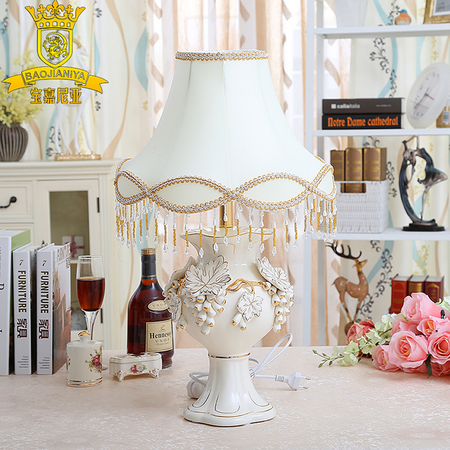 Wedding Decorations Ornaments Creative Wedding Gift Table Lamp Retro